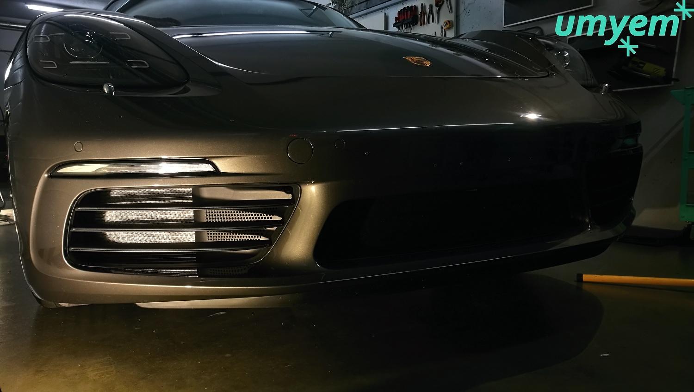Porsche_CAYMAN_718_detailing72