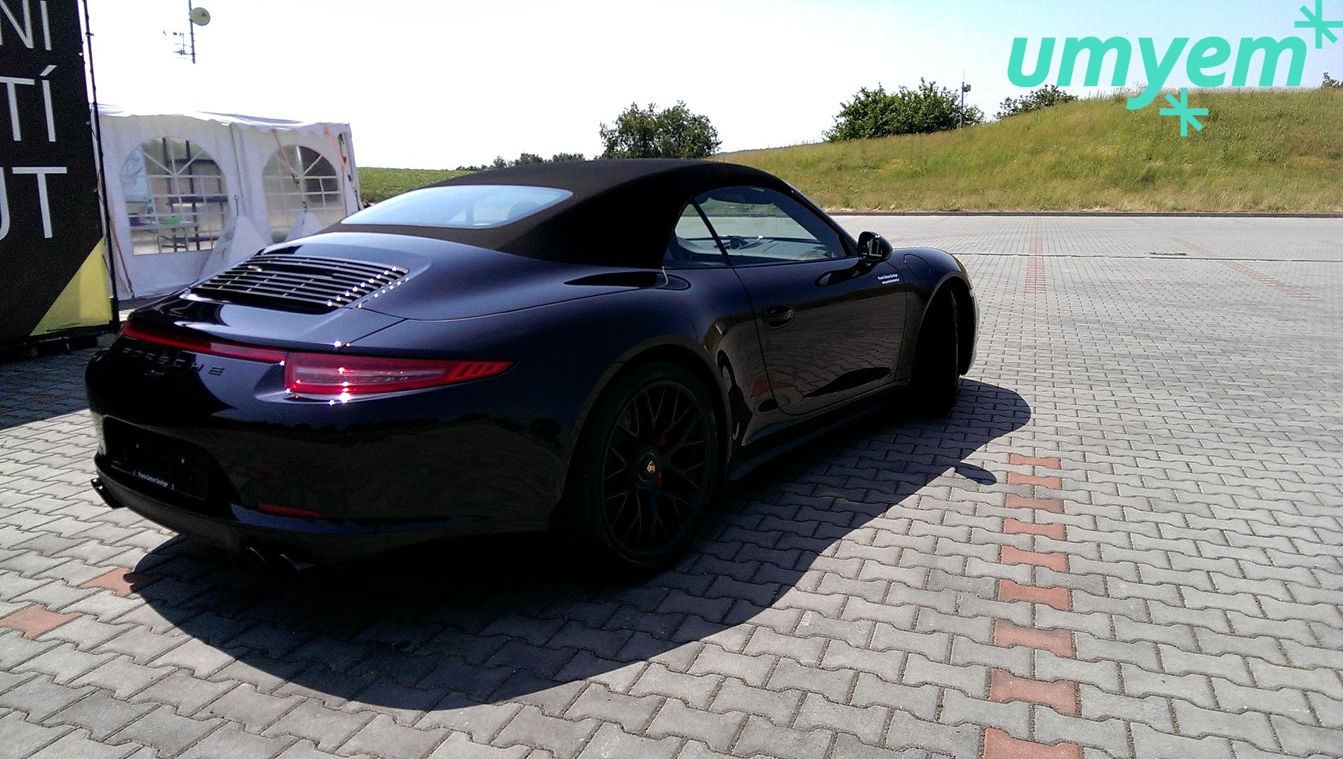 Porsche_911_detailing_umyem4.jpg